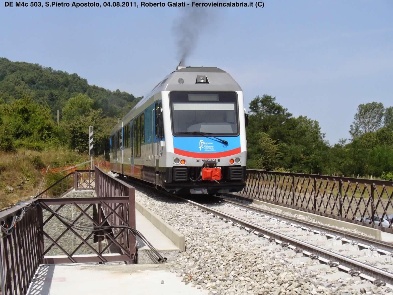 FdC-DEM4c 503-treno inaugurale ponte A.Chianello-SanPietroApostolo-2011-08-04-RobertoGalati 16