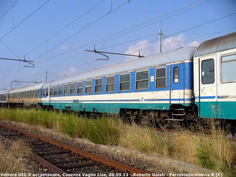 UIC-X serie 70-CosenzaVaglioLise-2012-09-08-RobertoGalati