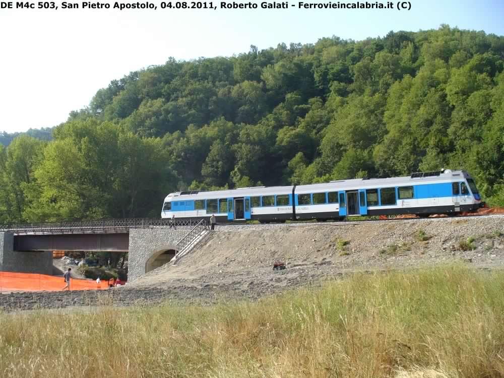 FdC-DEM4c 503-treno inaugurale ponte A.Chianello-SanPietroApostolo-2011-08-04-RobertoGalati 7